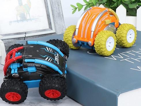 RC Stunt Car - mit Überrollkäfig