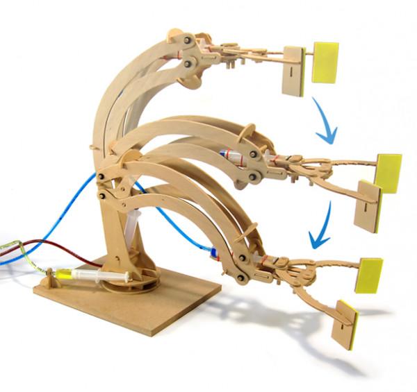 Hydraulischer Roboterarm - Holzbausatz - Modellbau